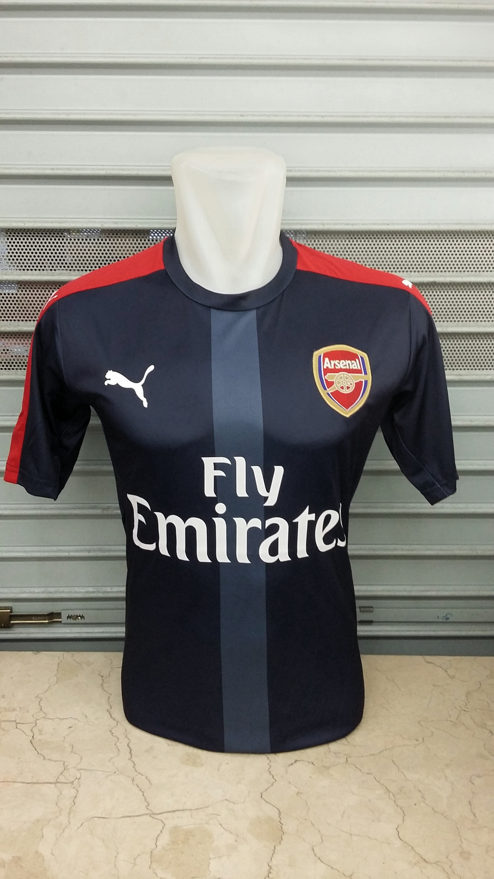 arsenal-tranining-navy